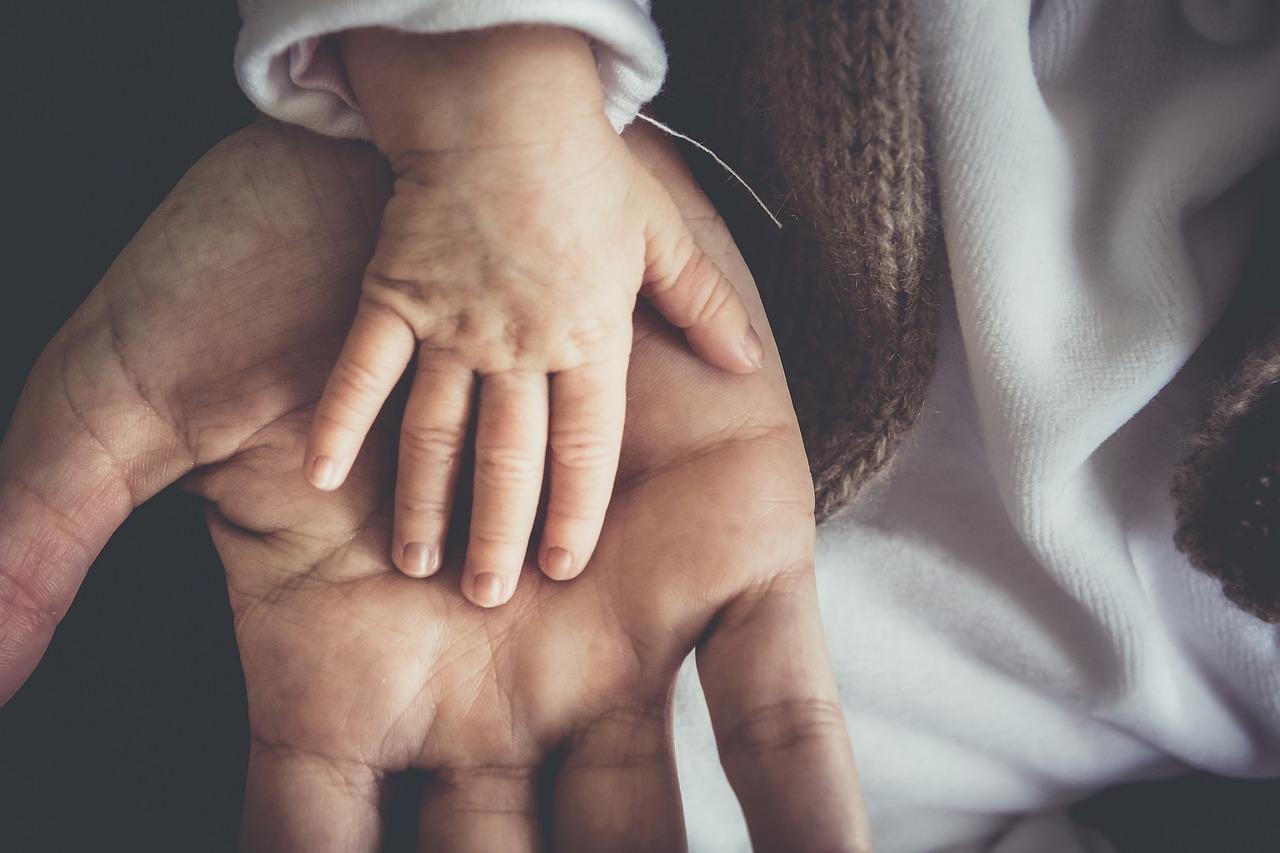 фото ЗакС политика В России утвердили ГОСТ для фотосессий младенцев
