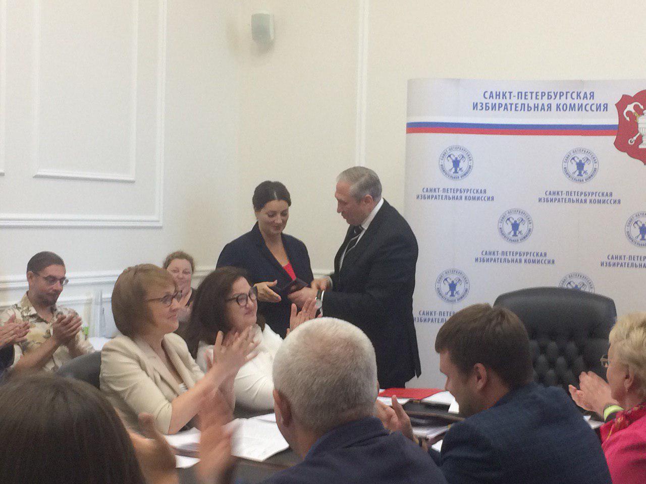 фото ЗакС политика Бортко, Амосова и Тихонову зарегистрировали как кандидатов в губернаторы