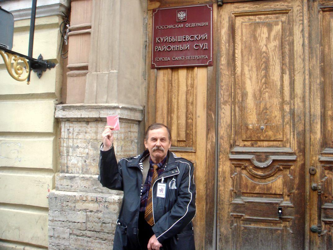фото ЗакС политика Судья прочитала устав КПРФ и обязала зарегистрировать коммуниста кандидатом в депутаты Владимирского округа