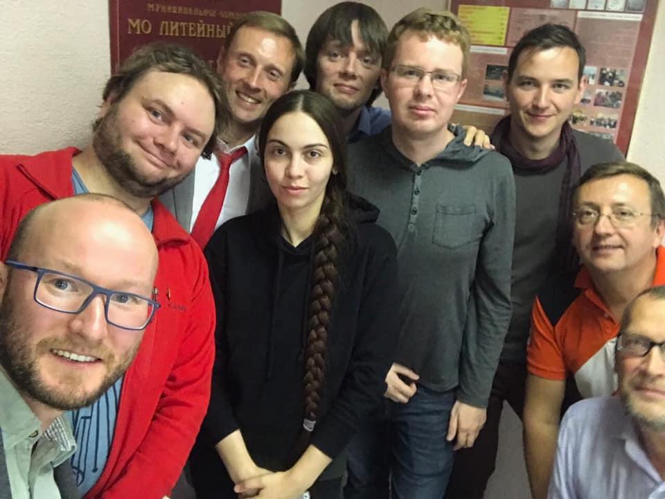 фото ЗакС политика ИКМО «Литейный округ» со второй попытки решила зарегистрировать 18 кандидатов от «Яблока»