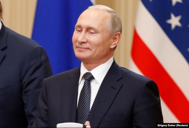 фото ЗакС политика Путин объявил о праве семей на материнский капитал при рождении первого ребенка