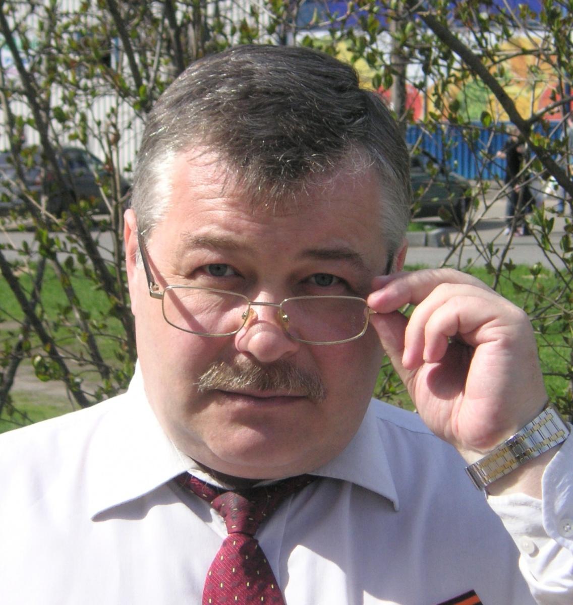 фото ЗакС политика Прототип Дукалиса пошел на выборы в МО «Дачное» самовыдвиженцем