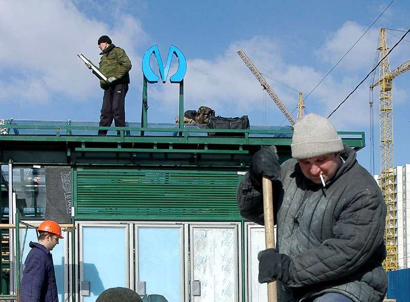 """фото ЗакС политика В штабе Навального всерьез опасаются обрушения """"Новокрестовской"""" и """"Беговой"""""""