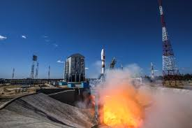 фото ЗакС политика Кабмин требует от «Роскосмоса» эффективнее развивать космодромы