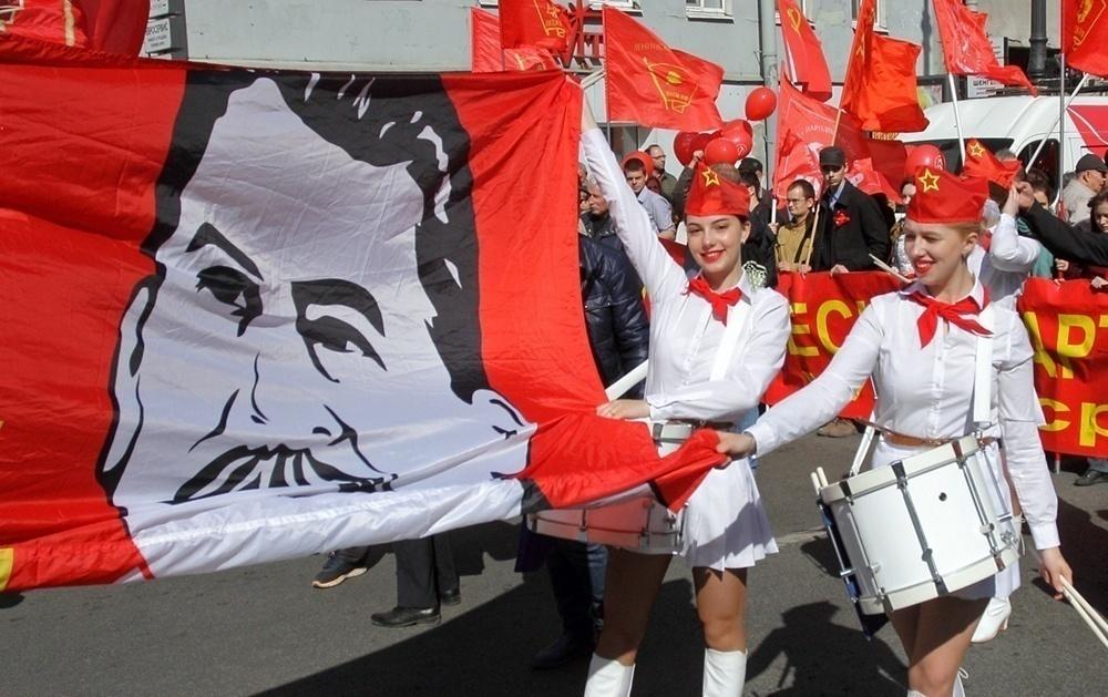 фото ЗакС политика Поморские коммунисты хотят установить в Каргополе памятник Сталину