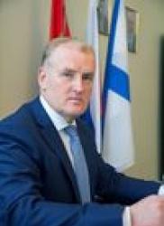 фото ЗакС политика Глава Кронштадтского района отчитался о доходе в 5,5 млн рублей