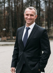 фото ЗакС политика Экс-сотрудник штаба Путина покинул кронштадтскую администрацию