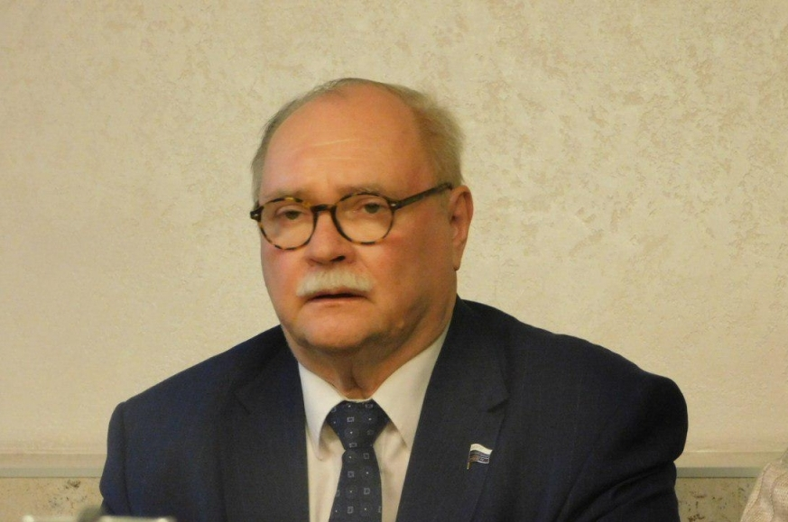 фото ЗакС политика Суд отказался взыскать с Бортко долги за агитационные материалы