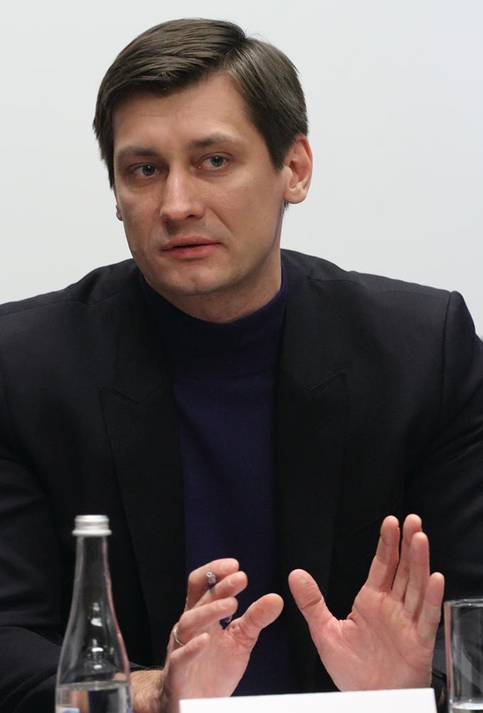 фото ЗакС политика Верховный суд отказался принять иск Гудкова об отмене закона о неуважении к власти