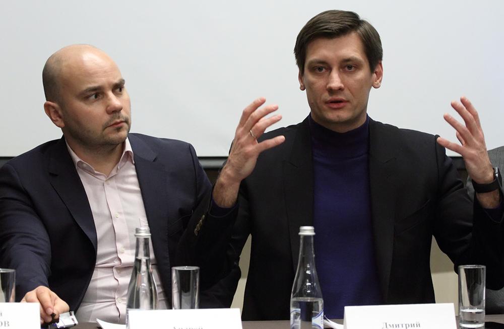 фото ЗакС политика Гудков получил 30 суток спецприемника