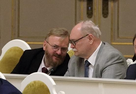 """фото ЗакС политика Милонов обвинил сделавших аборты в """"пенсионной реформе"""""""
