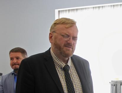 фото ЗакС политика Милонов считает, что защитники актера Устинова давят на суд