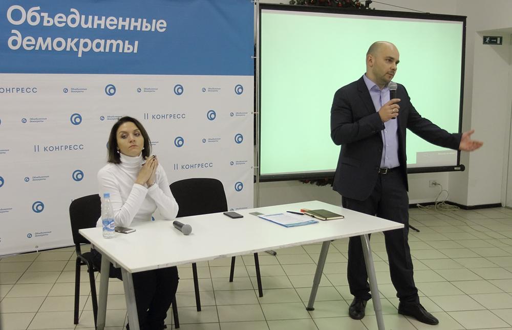 фото ЗакС политика Пенсионерка и юрисконсульт из «Единой России» хотят снять Пивоварова и Грязневич с выборов