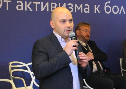 фото ЗакС политика Пивоваров: Лишившиеся победы кандидаты в мундепы не уйдут из политики
