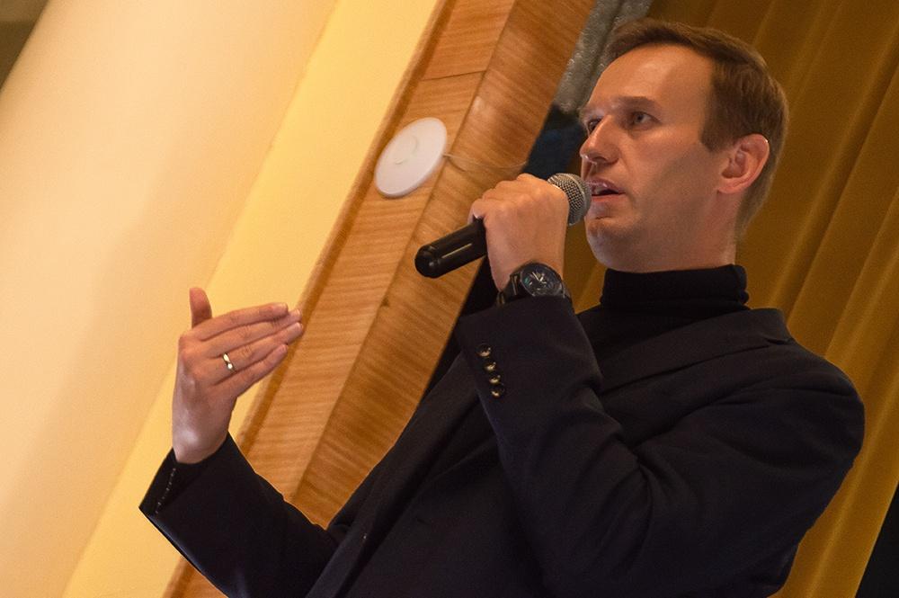 фото ЗакС политика Суд арестовал Навального на 10 суток за марш в поддержку Голунова
