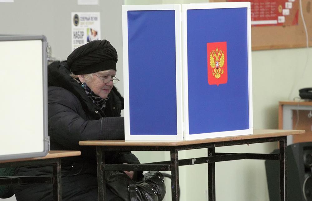 фото ЗакС политика Петродворцовый район: «Большой ротации не будет»