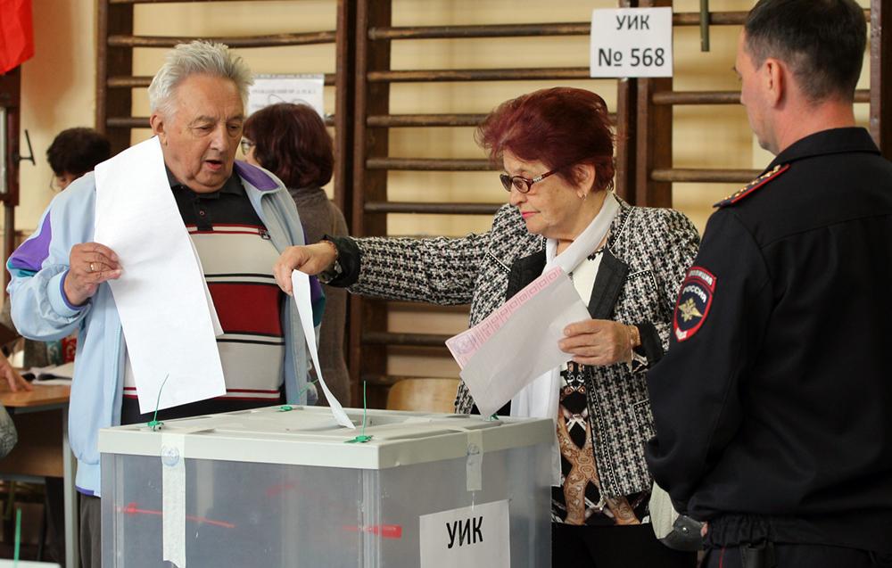 фото ЗакС политика По итогам выборов в муниципальном совете Зеленогорска поменялось четыре депутата