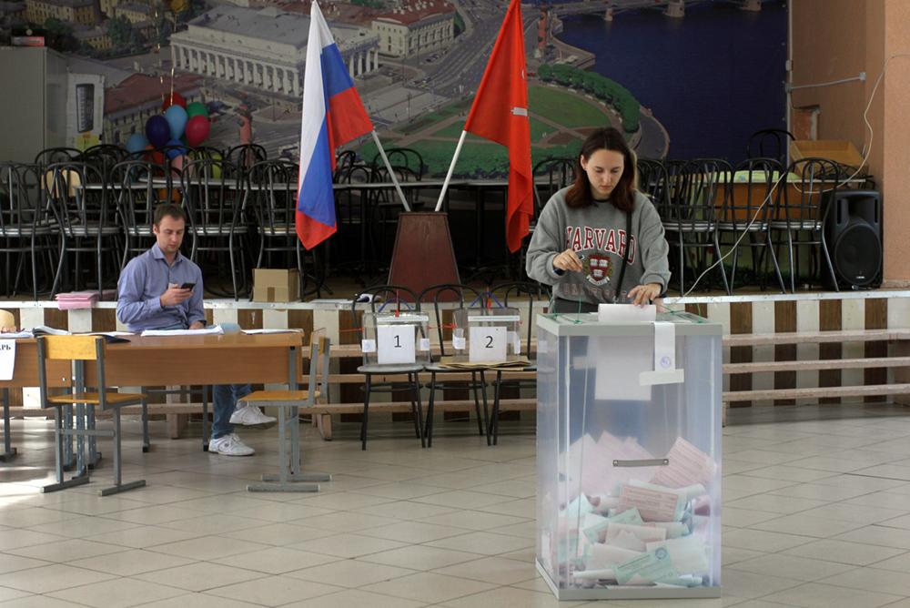 фото ЗакС политика Тихонова: ИКМО №21 искала способы изменить результаты выборов в свою пользу