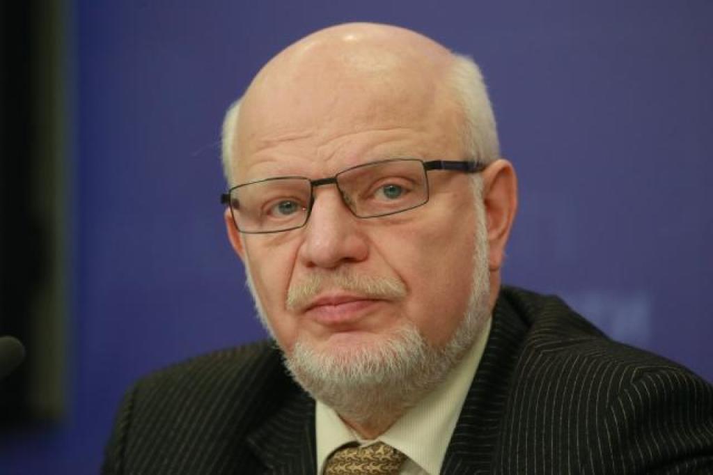 фото ЗакС политика СМИ: Федотов продолжит работать на кафедре ЮНЕСКО в ВШЭ