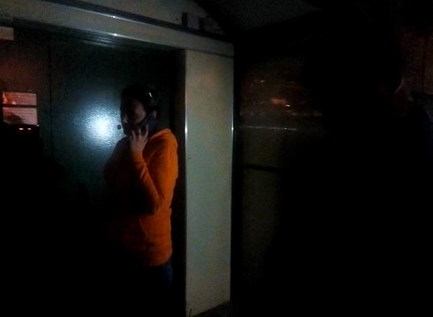 """фото ЗакС политика Неизвестный ударил журналиста """"Эха Москвы"""" в ИКМО """"Озеро Долгое"""""""