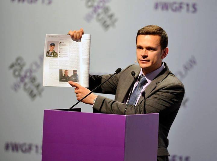 """Яшин попросил СК проверить ГБУ """"Автомобильные дороги"""" из-за парада коммунальной техники в Москве"""