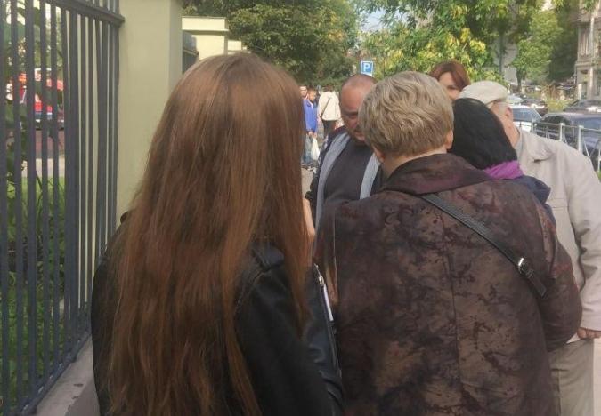 """фото ЗакС политика В МО """"Васильевский"""" задержали одного из предполагаемых """"карусельщиков"""""""