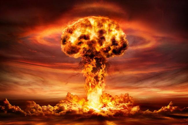 фото ЗакС политика В МИД РФ заявили о риске начала непреднамеренной ядерной войны