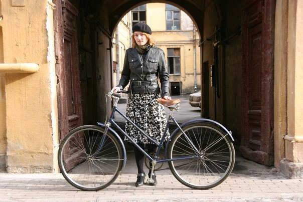 фото ЗакС политика Курировавшая развитие велодорожек в Петербурге чиновница уходит в отставку