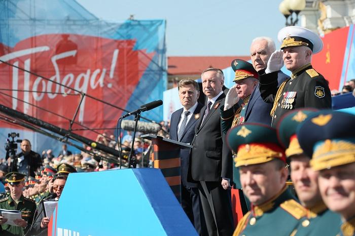 фото ЗакС политика Беглов высоко оценил мероприятия, прошедшие по случаю Дня Победы