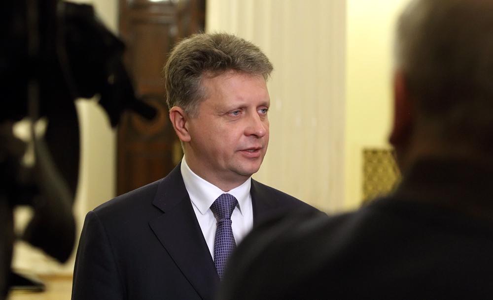 фото ЗакС политика Соколов представил нового главу комитета по транспорту его будущим коллегам
