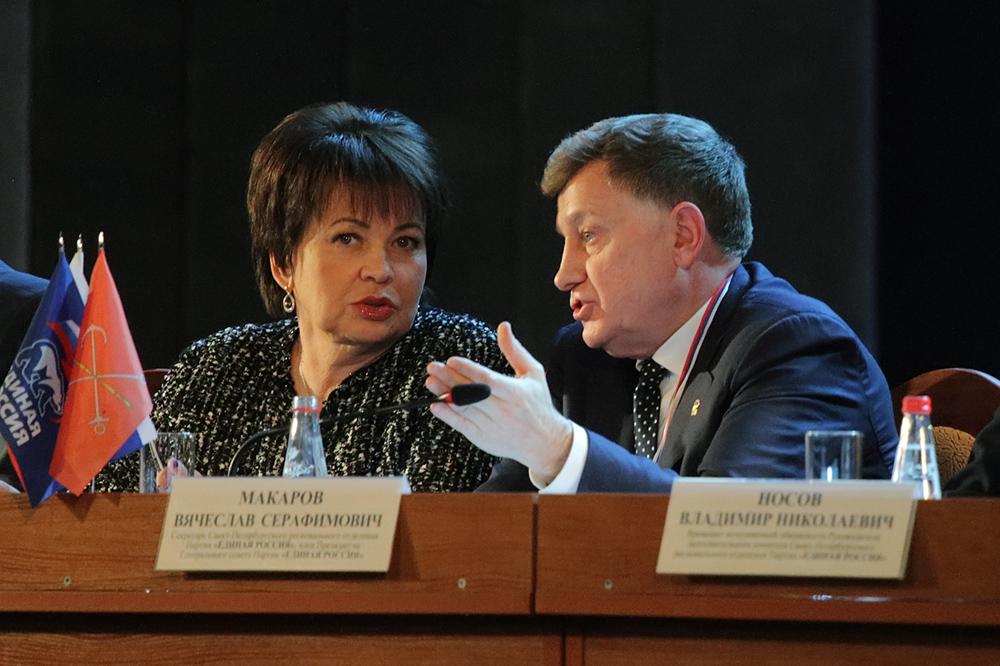фото ЗакС политика Макаров: Все депутаты ЗакСа испытывают к Совершаевой только благодарность