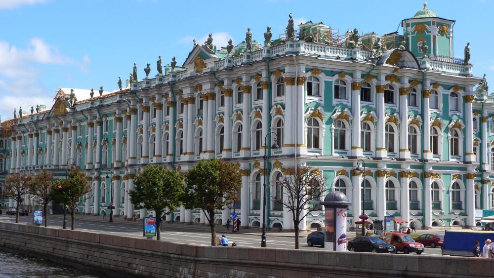 фото ЗакС политика Пиотровский: Эрмитаж откроется в середине июля