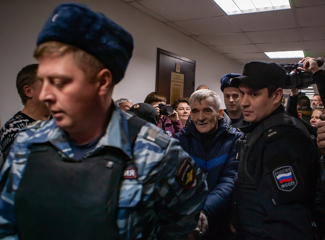 фото ЗакС политика Карельскому историку Юрию Дмитриеву могут увеличить срок заключения