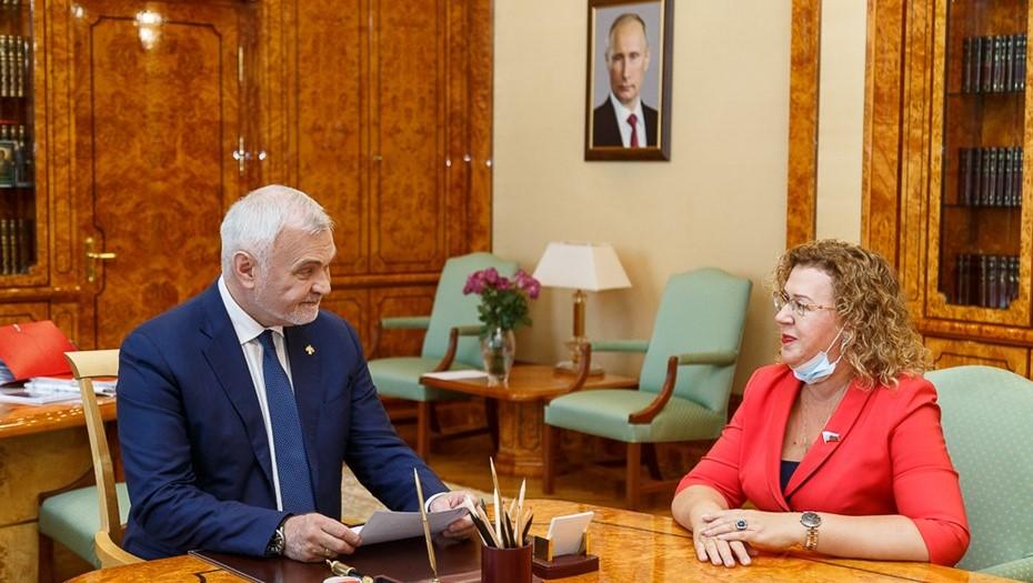 фото ЗакС политика Новым сенатором от Коми стала вице-спикер Госдумы Епифанова
