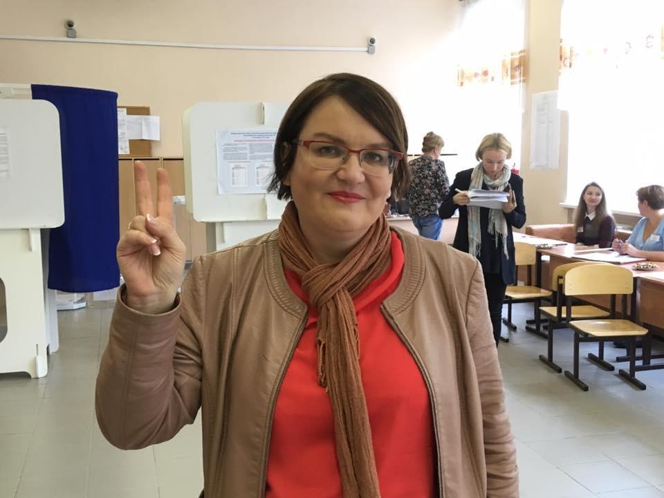 фото ЗакС политика Муниципала Галямину оштрафовали на 200 тысяч рублей за пикет в поддержку Азара