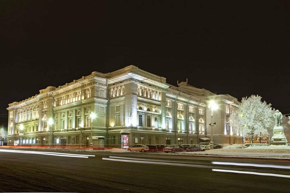 фото ЗакС политика СК задержал руководителей подрядчика ремонта консерватории им. Римского-Корсакова