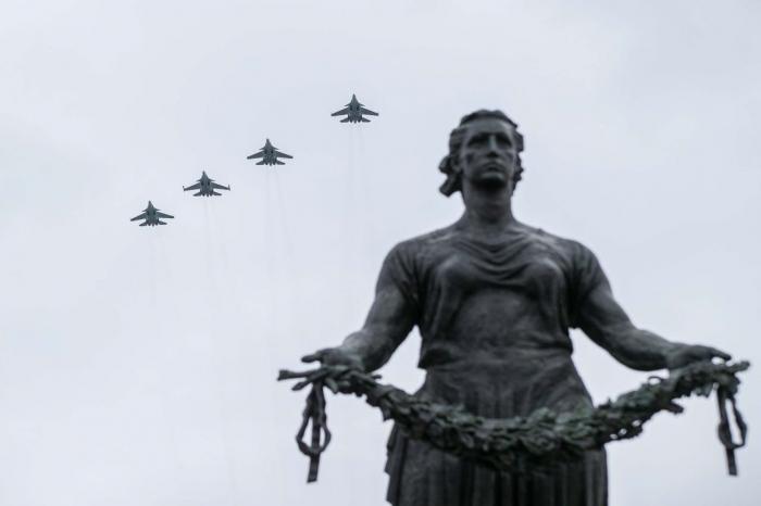 фото ЗакС политика Власти Коми решили не проводить парад по случаю 75-летия со Дня Победы