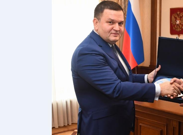 Замсекретаря генсовета ЕР Перминов будет представлять Ленобласть в Совфеде