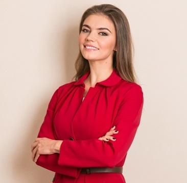 фото ЗакС политика The Insider: После ухода из Госдумы доходы экс-спортсменки Кабаевой в НМГ выросли в 70 раз