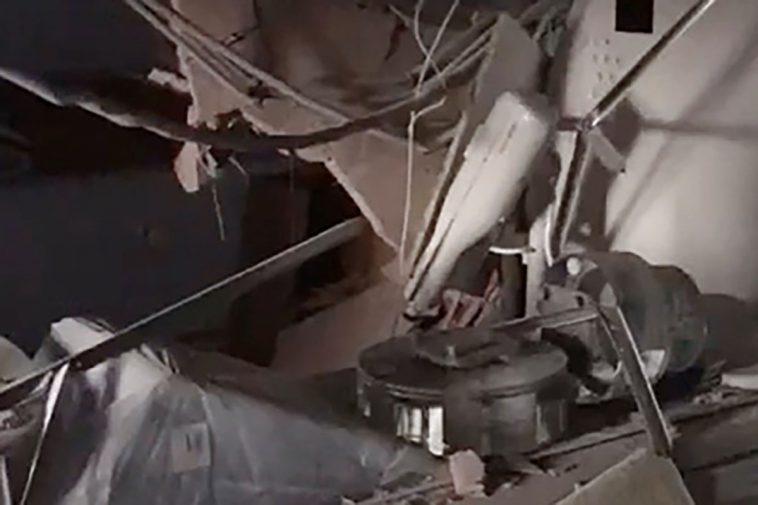 """фото ЗакС политика В Петрозаводске в недавно отремонтированном """"ковидном"""" госпитале на томограф упал потолок"""