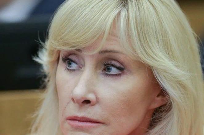 фото ЗакС политика Оксана Пушкина предложила учредить Министерство демографической и семейной политики