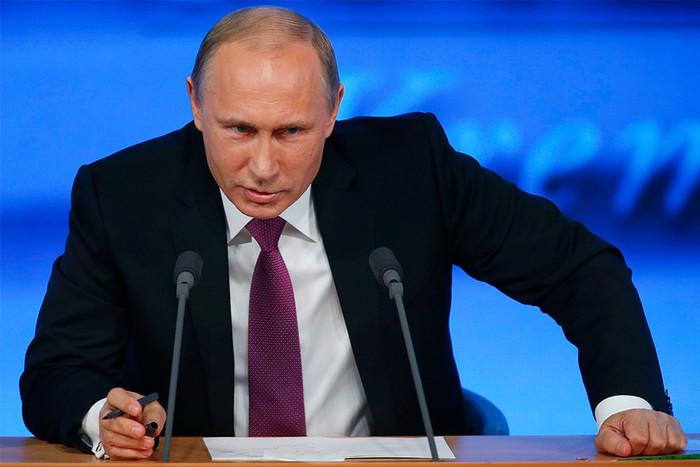 фото ЗакС политика Путин запретил расплачиваться криптовалютой в России