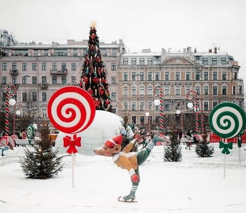 фото ЗакС политика Рождественскую ярмарку в Петербурге посетили свыше полумиллиона граждан
