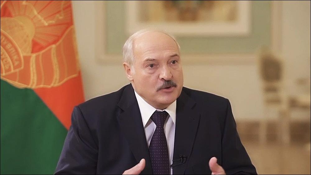 Лукашенко заявил о готовности лично лечить зараженных коронавирусом
