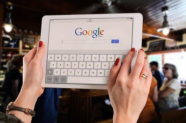"""В российских школах заблокируют доступ к """"негативной"""" информации по Wi-Fi"""