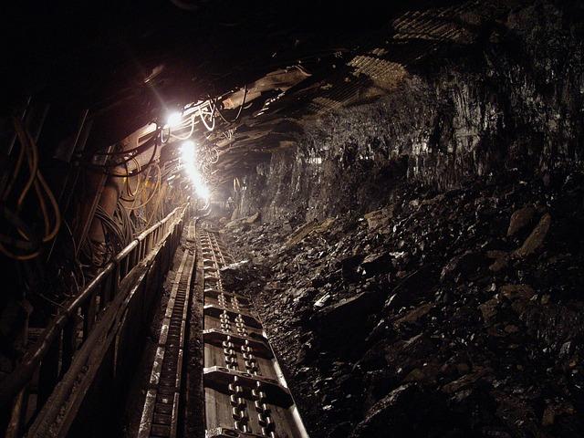 СК Коми возбудил дело после гибели четырех человек при обрушении шахты