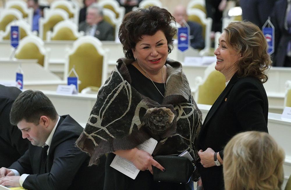 фото ЗакС политика Киселева не понимает, за что единороссы ЗакСа должны извиняться перед профсоюзами