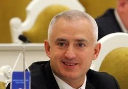 фото ЗакС политика Следователь считает, что Коваль пытался скрыться после задержания своего помощника