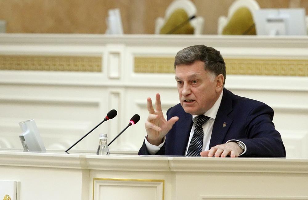 Макаров не дал прямого ответа на вопрос о возможном выдвижении в Госдуму