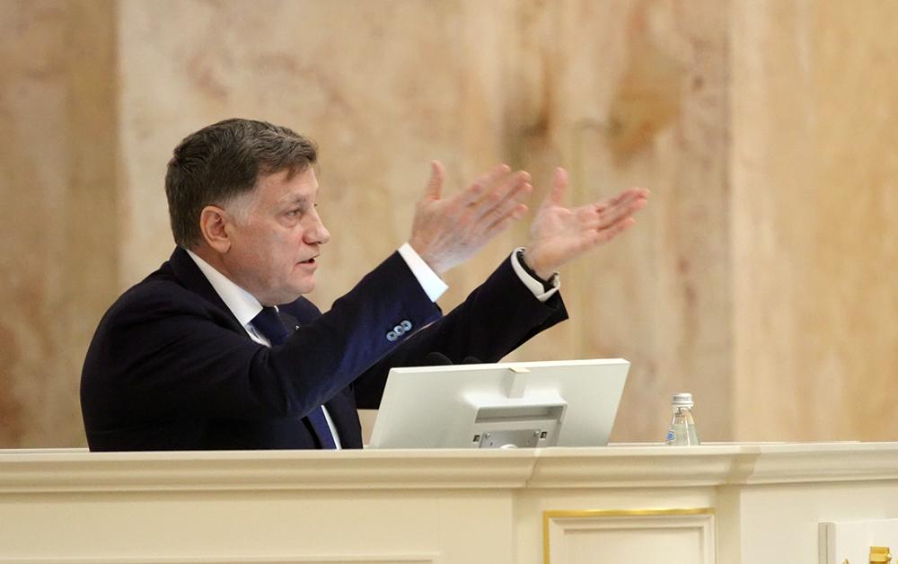 """фото ЗакС политика Макаров о новых вице-губернаторах: """"Молодые ребята. Опыт должен доверять молодым"""""""